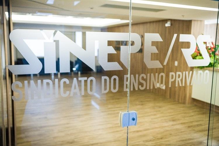 Mudanças no expediente do SINEPE/RS nas próximas semanas