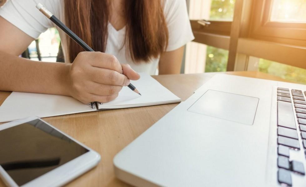 Escolas têm acesso a ferramentas online para auxiliar nas atividades domiciliares dos alunos